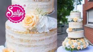 hochzeitstorte mit hochzeitstorte dreistöckig cake eistorte mit pfirsich mango parfait wedding cake