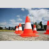 Traffic Cones On Road | 250 x 167 jpeg 25kB
