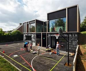 Fun chalkboard-covered passive house explores public ...
