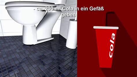 cola toilette reinigen toilette wc klo reinigen mit cola urinstein und kalkflecken entfernen so gehts