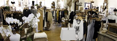 shabby chic clothing stores izabella s villa 171 shabby chic couture