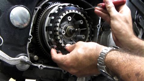 How To Change Clutch Plates On A