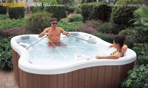 Whirlpool Aussen Garten by Aussen Whirlpool Sarena Bay Au 223 Enwhirlpool Und