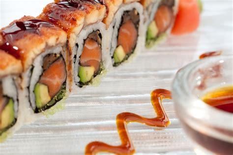 cuisiner sushi faire des sushi maison 28 images d 233 linquances et