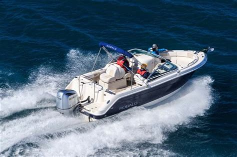 Robalo R227 Boat Test robalo r227 review australia s greatest boats 2015