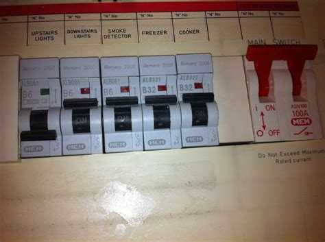 Fuse Box Switch I by My Fuse Box Trip And I Can T Untrip It Diynot Forums