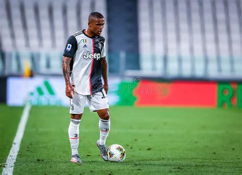 Juventus vs Atalanta editorial photography. Image of ...