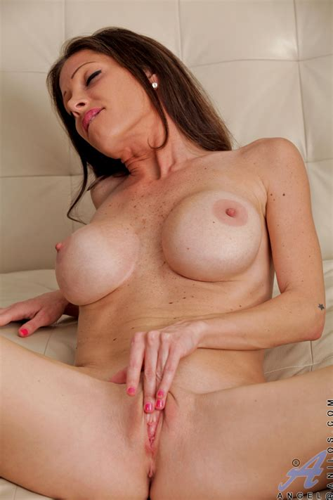 freshest mature women on the net featuring anilos angel anilos pussy