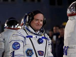 Astronaut Scott Kelly's Spotify playlist from his year in ...