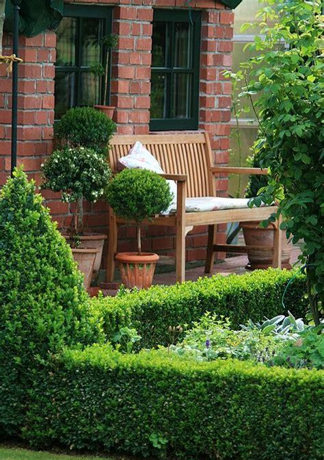 Gartenhaus  Wohnen Und Garten  Garten Buchsbaum