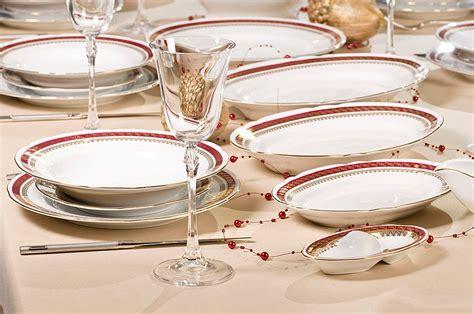 Luksusowa porcelana as ćmielów figurki, serwisy, filiżanki, kubki, biżuteria, obrazy/luxury porcelain: Sklep Porcelana Ćmielów - Home   Facebook