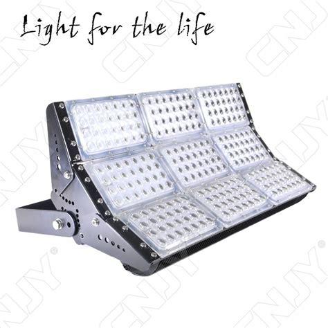 eclairage exterieur batiment industriel spot industriel eclairage orientable ip66 exterieur cree
