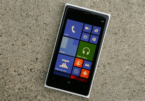 microsoft s switch to windows phone app appears on play store
