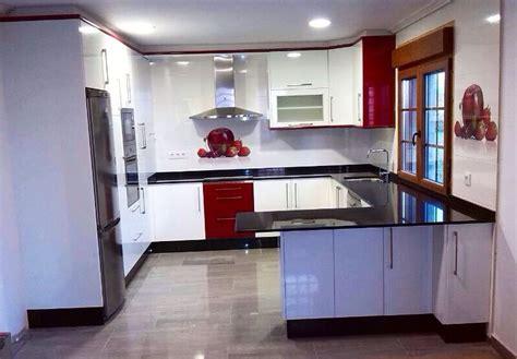muebles de cocina blanco brillo  granate  granito