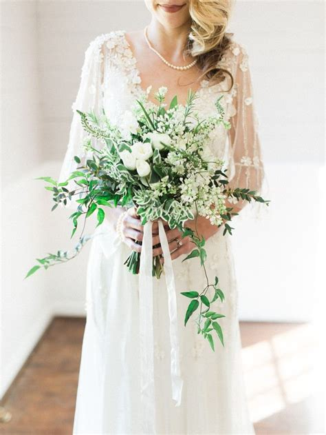 Elegant Winter Wedding Inspiration In Green White And Gold