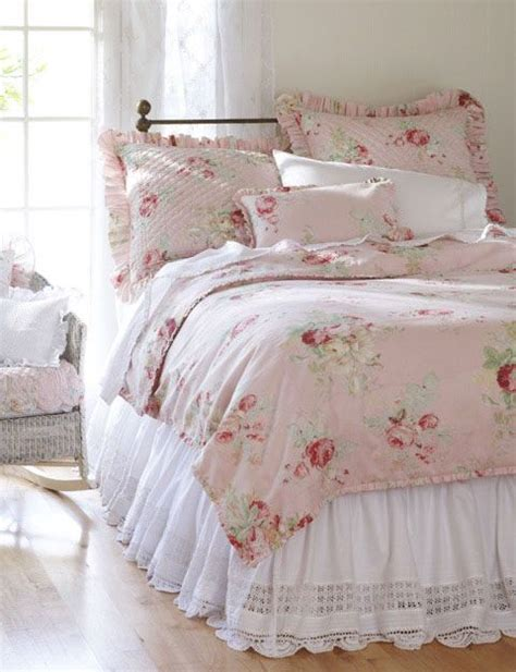 pink shabby chic bedroom best 25 english cottage bedrooms ideas on pinterest 16754 | 4bd618e556aa861c80668cab62e9c167 pink bedding chic bedding