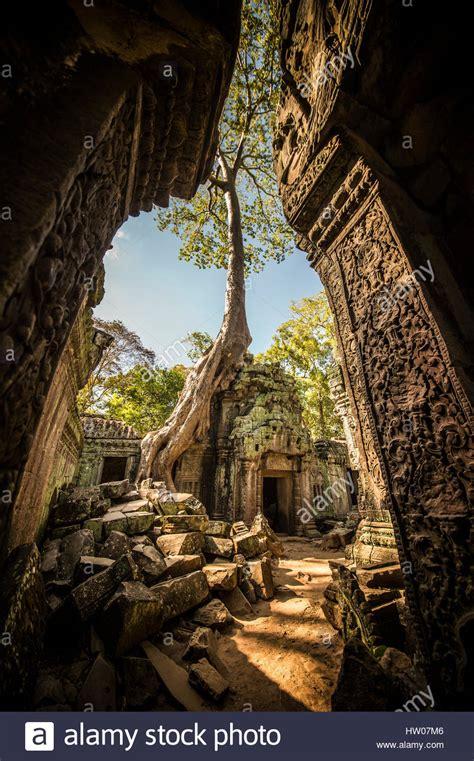Angkor Wat Stock Photos And Angkor Wat Stock Images Alamy