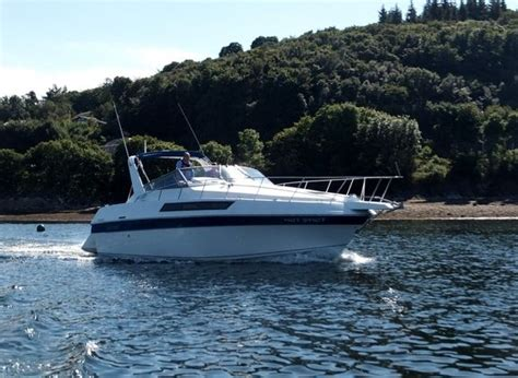 Motor Boats For Sale In Scotland by Carver Montego 3557 Mid Cabin Motor Boats For Sale In