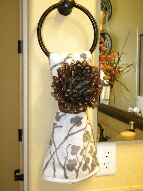 Bathroom Towel Decorating Ideas by Lots Of Bathroom Towel Decorating Ideas Coffee