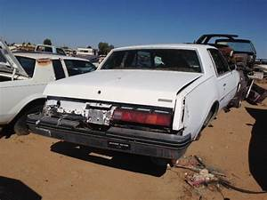 1978 Buick Regal (#78BU4333C) For Parts Only Desert