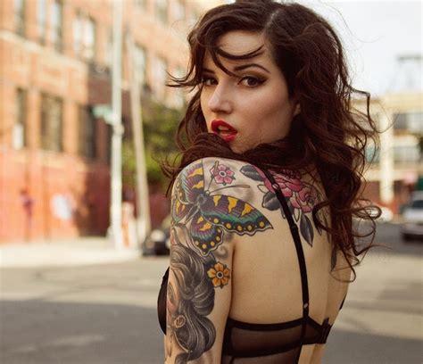Tatouage Buste Femme 1001 Id 233 Es Tatouage Bras Pour Femme Les Manches Se R 233 V 232 Lent