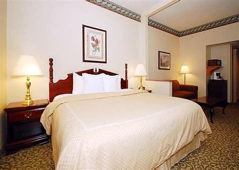 comfort suites bethlehem comfort suites bethlehem bethlehem pa 18015 photos