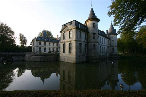 Rue rene de girardin oise / france. Аренда замка «Chateau d'Ermenonville» (Франция)