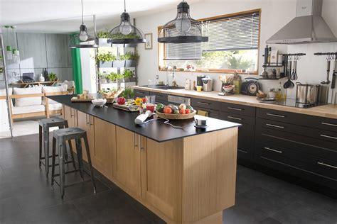 cuisine originale en bois modele de cuisine en bois amazing cuisine moderne en bois