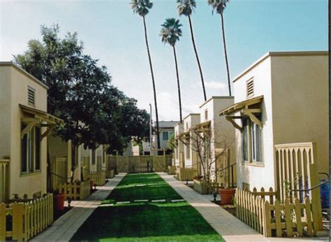 La Conservancy Honors Restoration Of Four Hollywood