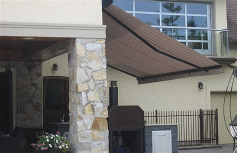 Vernon Retractable-awnings-image 11