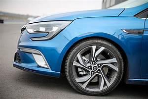 Renault Megane Gt : driven 2016 renault megane gt design evaluation autoevolution ~ Medecine-chirurgie-esthetiques.com Avis de Voitures