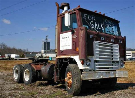 cabover semi trucks for sale   Old Ford Cabover Truck