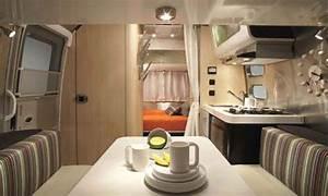 2008 Airstream Bambi 16