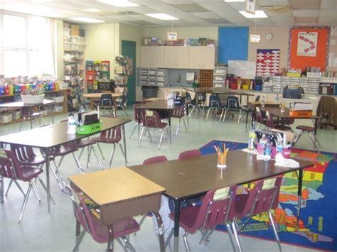 theme template room b 2nd floor 25 best 3rd grade classroom setup images on pinterest