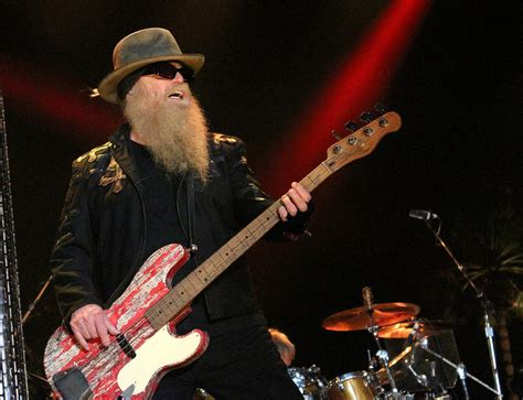 Joseph michael dusty hill is an american musician, singer, and songwriter, who is best known as the bassist and secondary lead vocalist of. Dusty Hill | Dusty Hill performs with the rest of ZZ Top ...