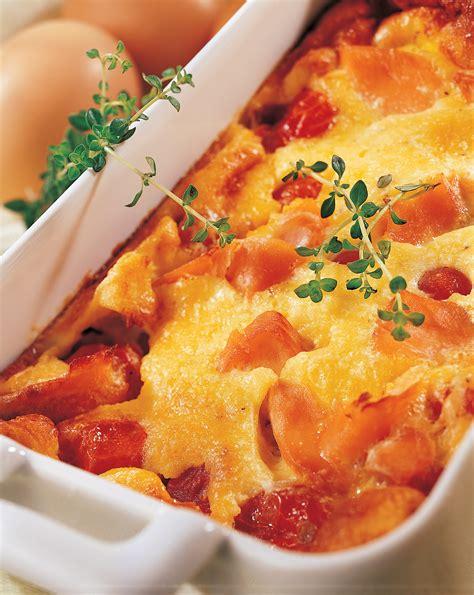 cuisiner le bar en papillote recette clafoutis à la truite tomates cerise et fromage frais