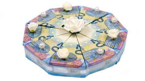 geld falten torte hochzeitsgeschenk selber basteln diy