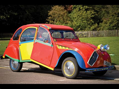 1938 Citroen 2CV6 Picasso Citroen by Andy Saunders - Side ...