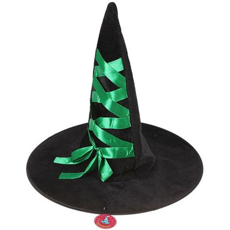 making  minute witch hats  halloween recycling