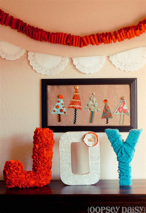 Here, your favorite looks cost less than you thought possible. Christmas Tree Wall Art (Swell Noel #34) - Positively Splendid {Crafts, Sewing, Recipes and Home ...