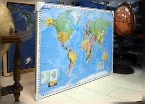 Weltkarte Auf Pinnwand : weltkarte mit flaggen weltkarten stiefel weltkarte politische landkarte welt satellite ~ Markanthonyermac.com Haus und Dekorationen