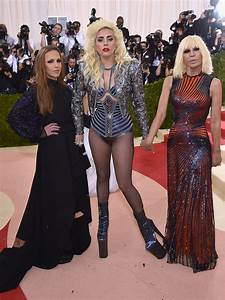 Lady Gaga to Star as Donatella Versace in Season 3 of ...