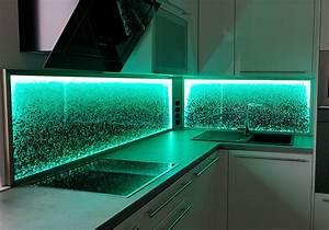 Led Beleuchtung : k chenr ckwand led licht dimmen farben wechseln glaszone ~ Orissabook.com Haus und Dekorationen