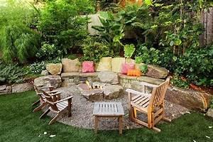 gartenterrasse gestalten feuerstelle patio mit kiesboden With feuerstelle garten mit aluminium balkon