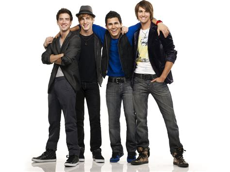One day kendall knight, james diamond, carlos garcia and logan mitchell were just playing hockey and trying to pass math, and the next they're on their way to l.a. Interesting Information about the boys of Big Time: Big Time Rush Band