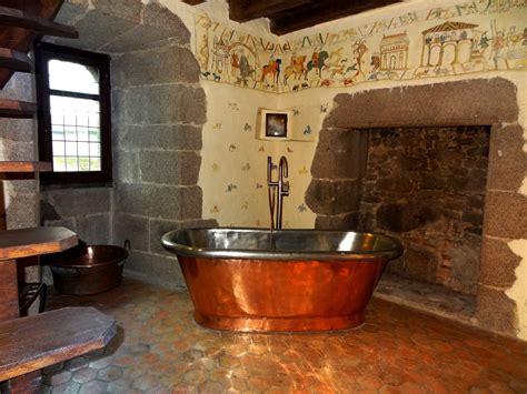 salle de bain romaine chambre d h 244 tes insolites avec piscine 1h du puy du fou et