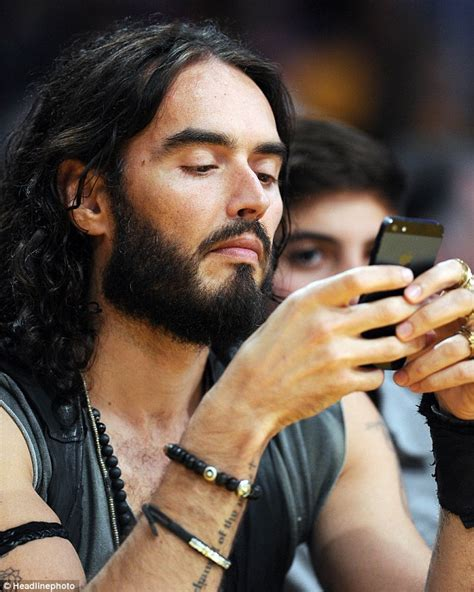 That Was Awkward Katy Perry And Russell Brand Both Attend