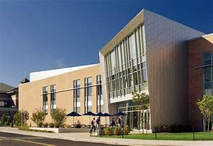 The commons dining facility design for Roger williams university architecture