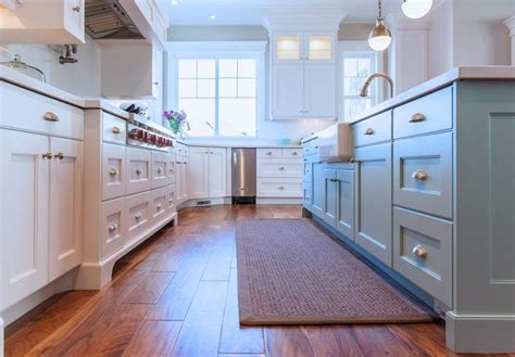 painter kitchen cabinets 17 best images about kitchen islands different color on 1391