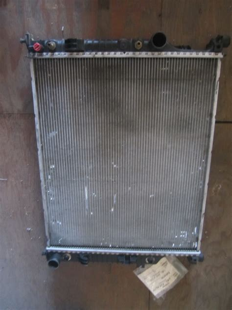mercedes benz radiator   auto parts